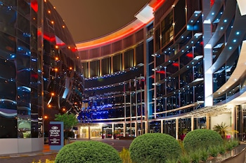Hotel - Crowne Plaza Doha - The Business Park