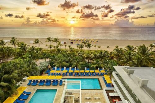 . Royal Palm South Beach Miami, a Tribute Portfolio Resort