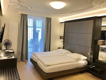 Deluxe Tek Büyük Yataklı Oda (design)