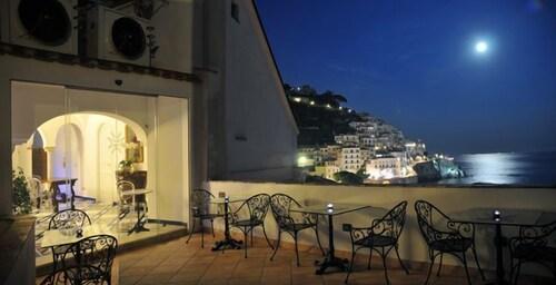 . Hotel Croce di Amalfi