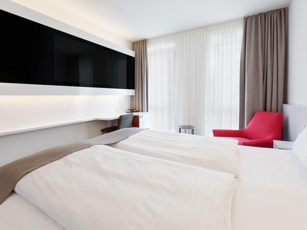 ドルメロ ホテル フランクフルト メッセ
