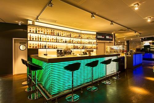 __{offers.Best_flights}__ DORMERO Hotel Frankfurt Messe