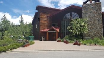 Hotel - Rock Creek Resort