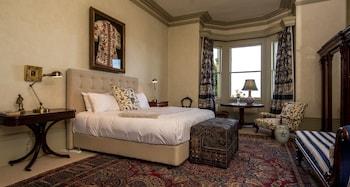 Premium Tek Büyük Yataklı Oda, Liman Manzaralı