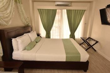 Subic Coco Hotel Guestroom