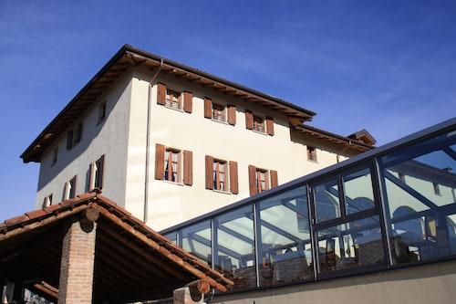 . Hotel Cascina Canova