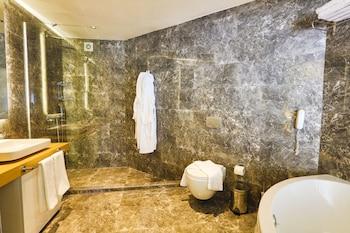 Hotel Vita Bella Resort & Spa - Bathroom  - #0