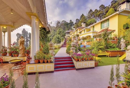 . MAYFAIR Darjeeling