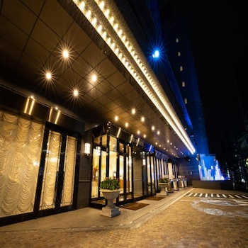HOTEL BELLCLASSIC TOKYO Front of Property - Evening/Night