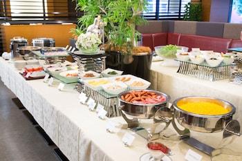 HOTEL BELLCLASSIC TOKYO Buffet