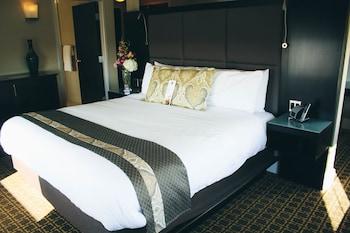 Standard Studio Suite, 1 King Bed, Non Smoking