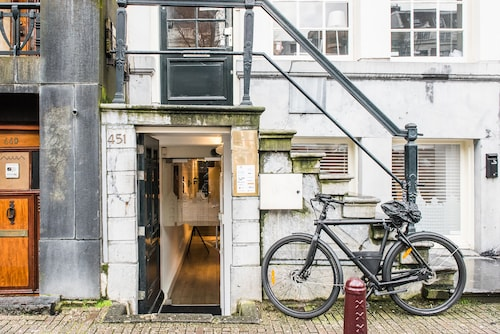 . Short Stay Group East Quarter Serviced Apartments