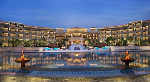 The Royal Begonia, a Luxury Collection Resort, Sanya, Sanya