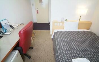 HOTEL CROWN HILLS HIMEJI Room