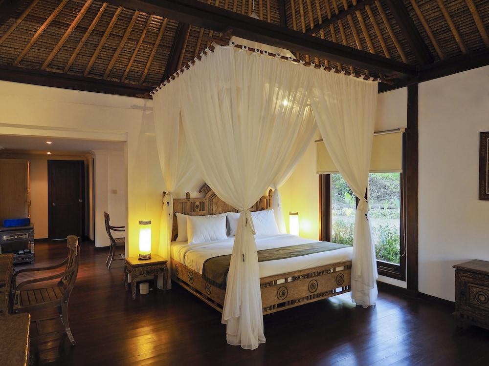 https://i.travelapi.com/hotels/5000000/4800000/4799200/4799172/a96a423a_z.jpg