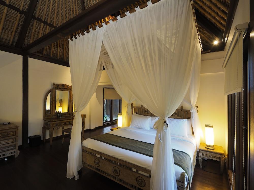 https://i.travelapi.com/hotels/5000000/4800000/4799200/4799172/f387d615_z.jpg