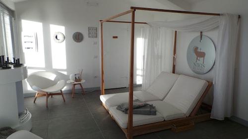 Nikis Resort, Perugia