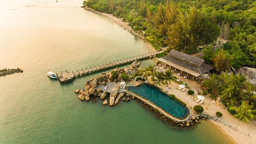. L'Alya Ninh Van Bay
