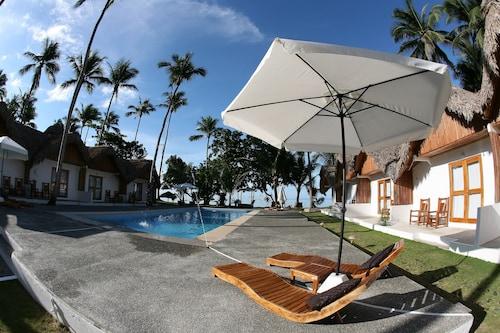 . Elysia Beach Resort
