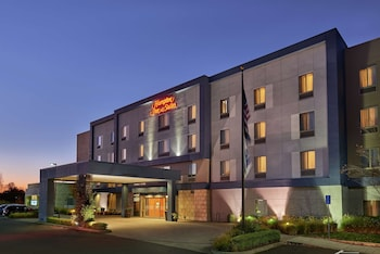 塞勒姆歡朋套房飯店 Hampton Inn and Suites Salem