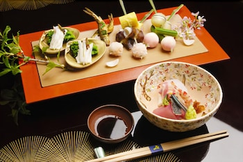 RYOTEI RANGETSU Food and Drink