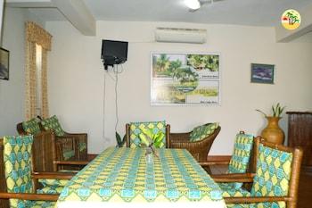 Coconut Grove Bridge House - In-Room Dining  - #0