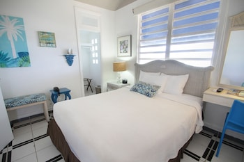 Deluxe Room, 1 Queen Bed, Ocean View