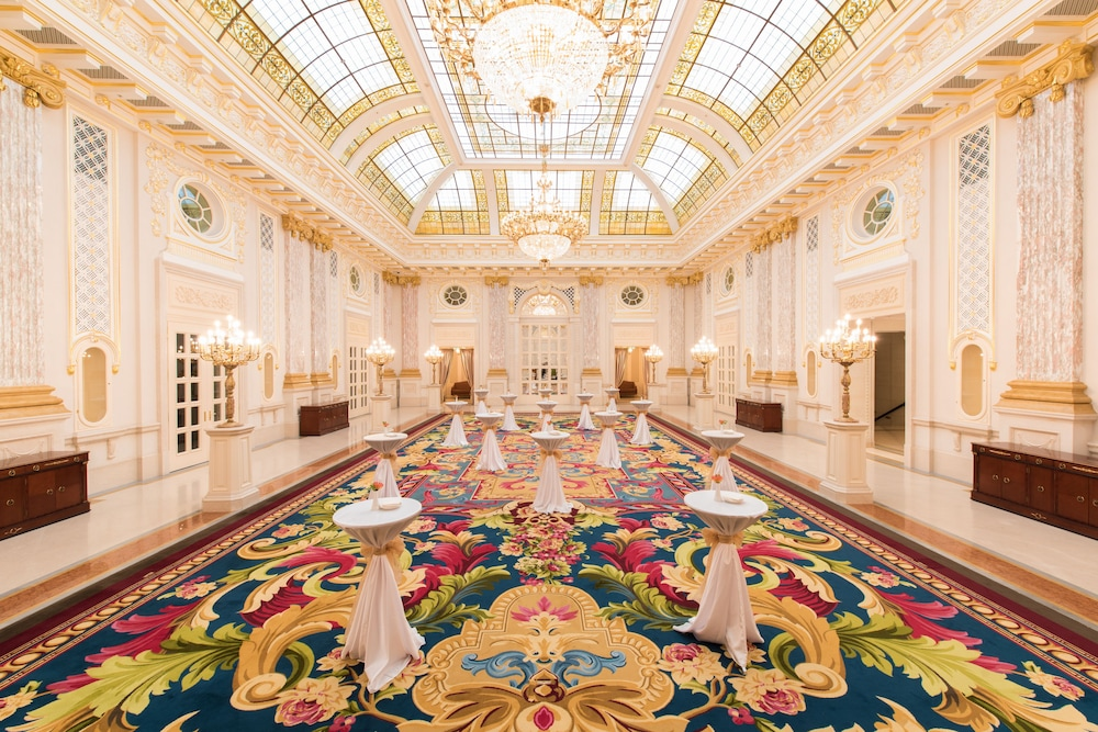 Fairmont Grand Hotel Киев