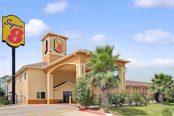 Hotel - Super 8 by Wyndham Houston North I-45