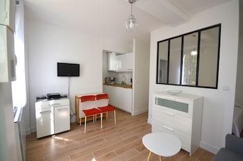 Studio, 1 Double or 2 Twin Beds (2 pax, 14 rue du Parchamp)