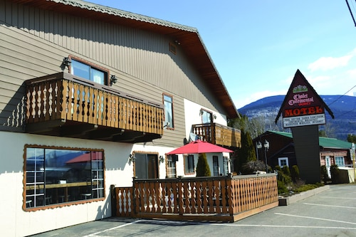 . Chalet Continental