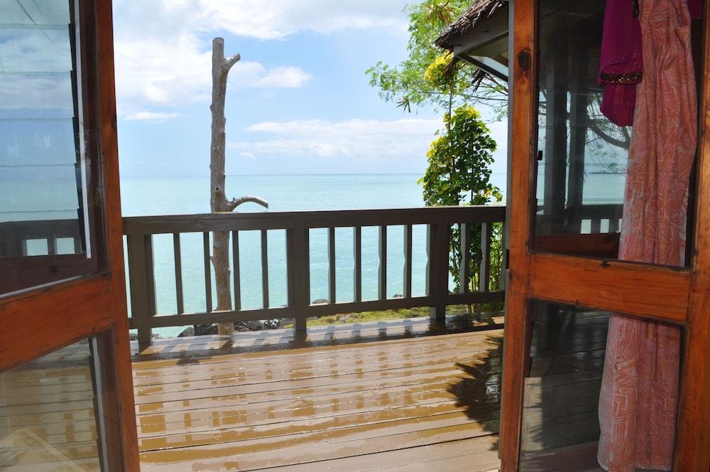 https://i.travelapi.com/hotels/5000000/4870000/4866100/4866070/2ffcea78_z.jpg