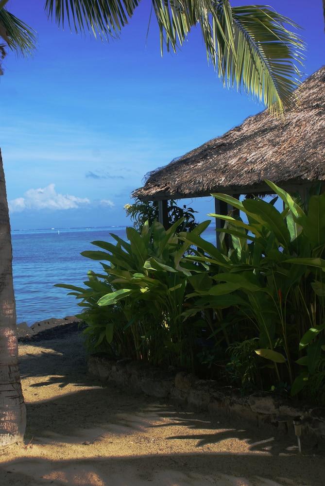 https://i.travelapi.com/hotels/5000000/4870000/4866100/4866070/c18fb888_z.jpg