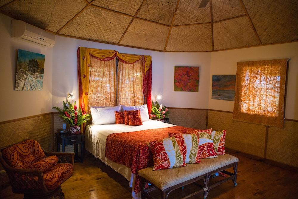 https://i.travelapi.com/hotels/5000000/4870000/4866100/4866070/f5750464_z.jpg