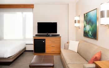Room, Multiple Beds (High Floor)