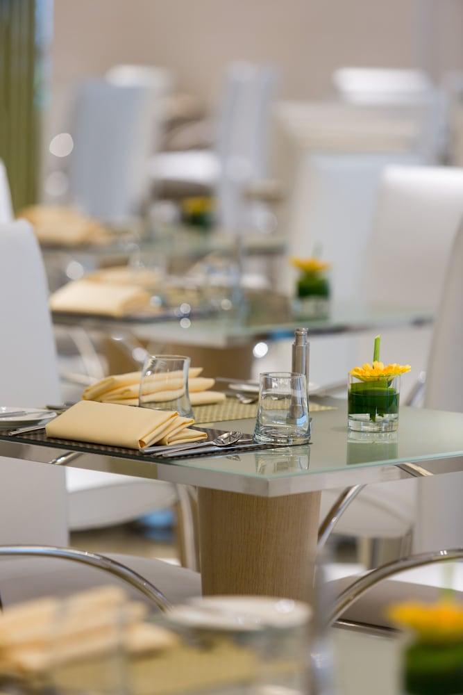 호텔이미지_Coffee Shop