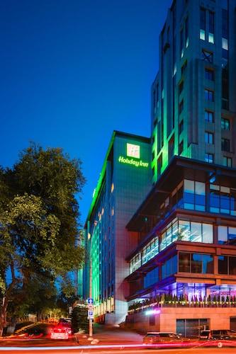 . Holiday Inn Kyiv