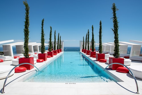 . Higueron Hotel Malaga, Curio Collection by Hilton