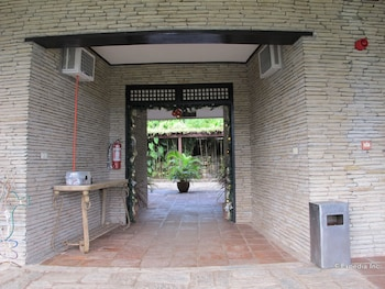 Utopia Resort and Spa - Hotel Entrance  - #0