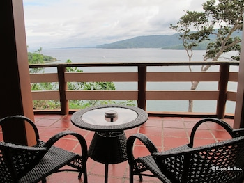 Utopia Resort And Spa Puerto Galera Balcony