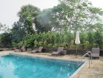 Utopia Resort And Spa Puerto Galera Outdoor Pool