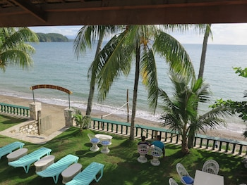 Badladz Beach Resort Puerto Galera Beach/Ocean View