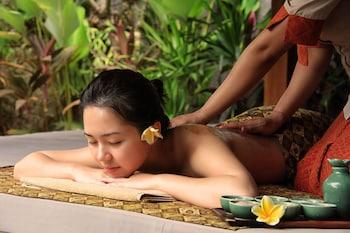 Royal Spa Villa With Special Spa Benefit