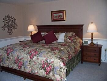 Standard Dört Kişilik Oda, Banyolu/duşlu (camelot King Suite 8)