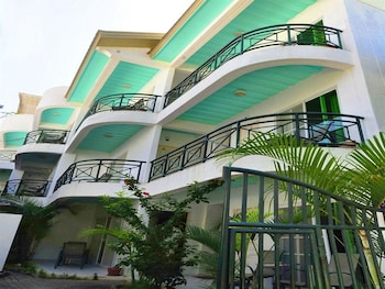 Roxon Apartments Boracay Featured Image