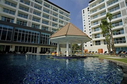 . Centara Pattaya Hotel