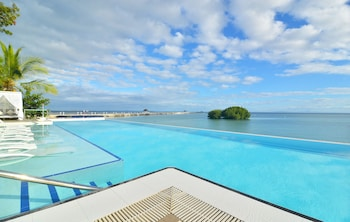 Pacific Cebu Resort Infinity Pool