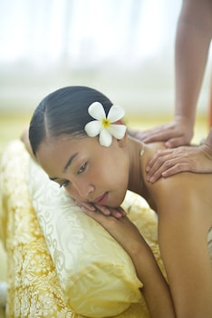 Pacific Cebu Resort Massage