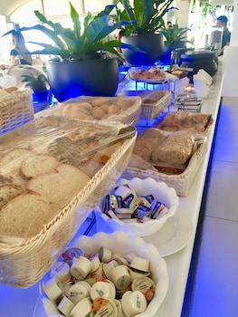 Pacific Cebu Resort Breakfast buffet