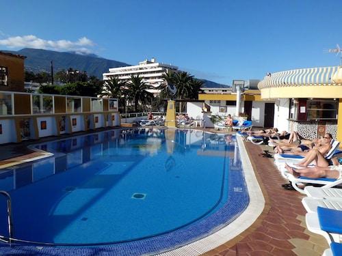 . Hotel Casa del Sol